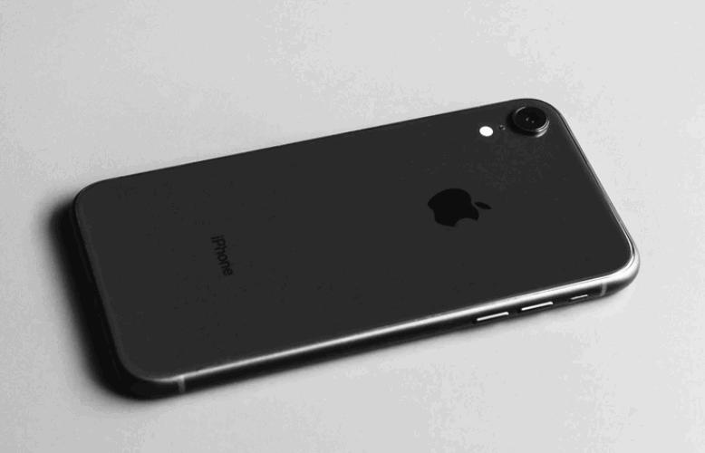 Unlocked iPhone XR Black Friday