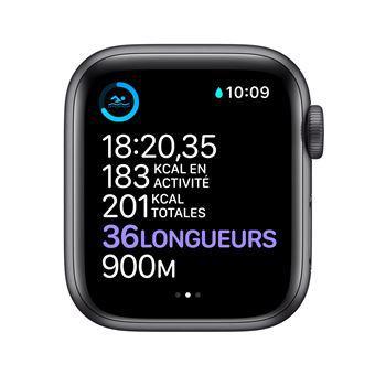 Apple Watch (Series 3) September 2017 42 mm - Aluminium Space Gray - Sport Band Black